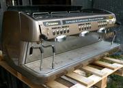 Срочно продам профессиональную кофемашину (Италия)